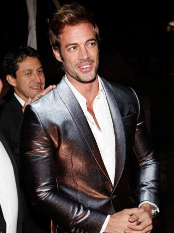 "William Levy joaca in serialul ""Single Ladies"""
