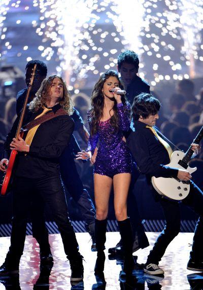 Selena Gomez si The Scene nu vor mai canta impreuna  - Afla de ce!