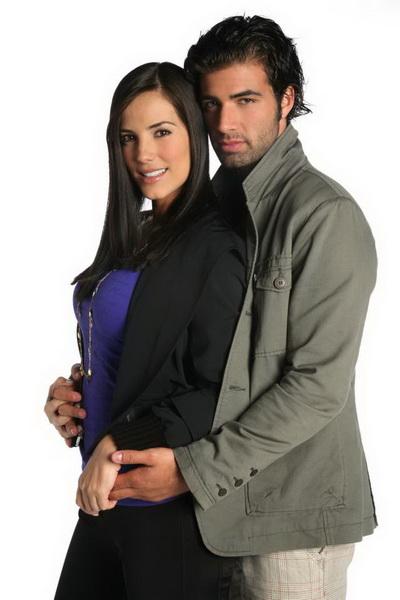 Jencarlos Canela si Gaby Espino au devenit parinti