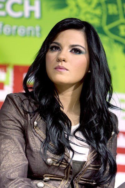Maite Perroni este satula de William Levy