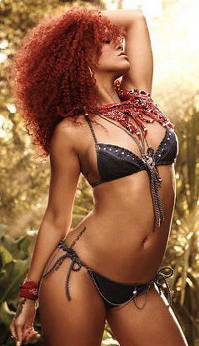 Nu o sa iti vina sa crezi unde si-a facut Rihanna un nou tatuaj - GALERIE FOTO