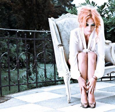 """Adela Popescu: """"Pe aceasta piesa m-am indragostit si eu"""". Uite melodia care a cucerit-o"""