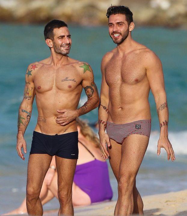 Sunt extrem de sexy si... gay! Marc Jacobs si iubitul lui, intr-o vacanta romantica in St Barts