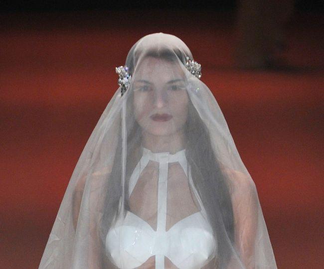 Cea mai penibila rochie de mireasa din lume