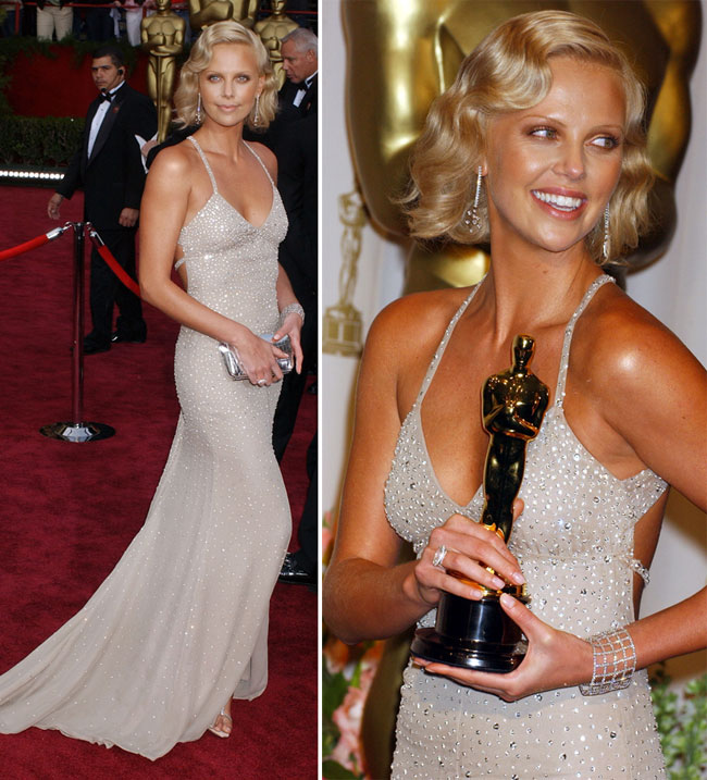Rochii de Oscar: Charlize Theron, o aparitie superba care i-a adus statueta in anul 2004