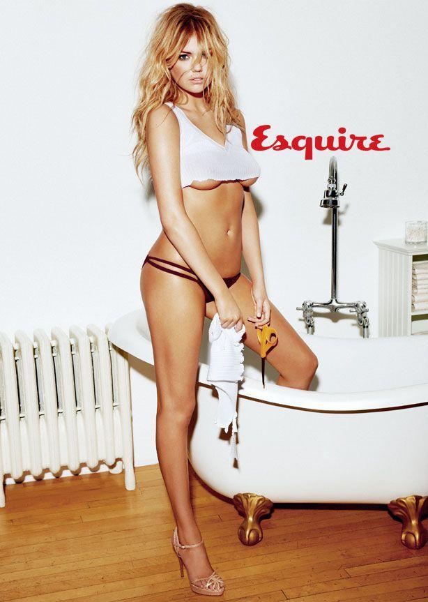 Ea e modelul momentului: Kate Upton. La 19 ani, este preferata barbatilor din intreaga lume