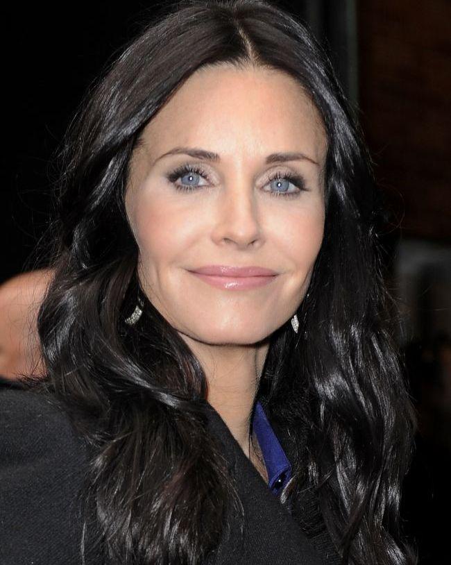 Dovada ca Botoxul nu face numai rau. Courtney Cox, mai fresh ca niciodata: intinereste pe zi ce trece!