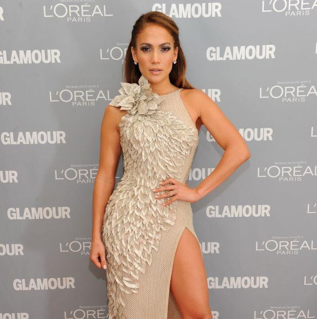 Efectul Jennifer Lopez: diva latino seteaza noi standard pentru salariile vedetelor