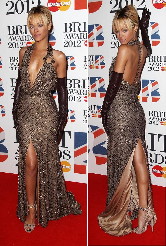 Rihanna le-a eclipsat pe englezoaice la Brit Awards 2012 cu o aparitie super sexy