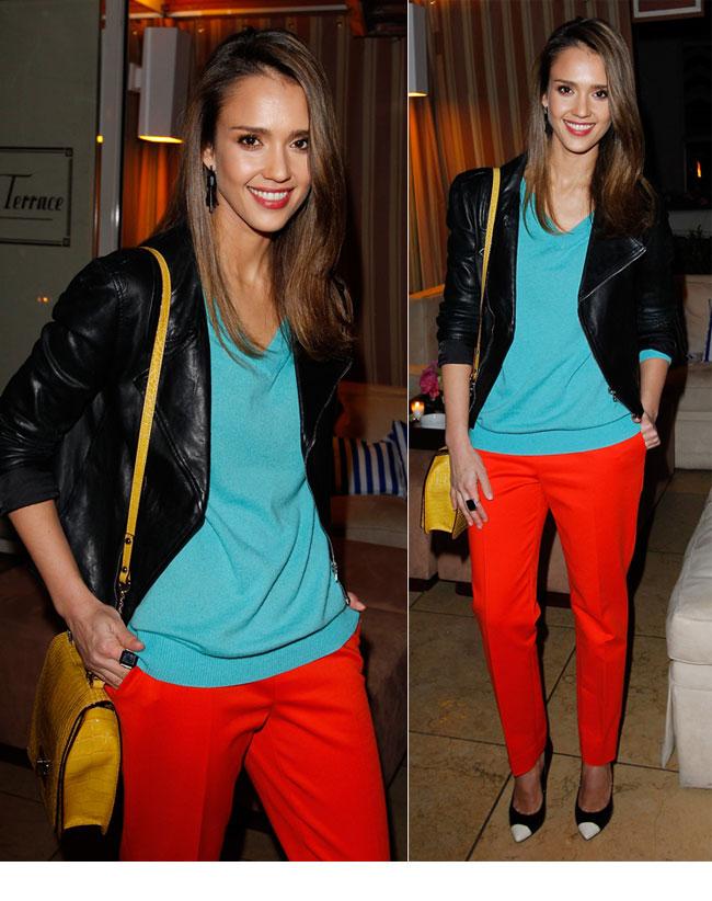 Jessica Alba, un look indraznet si colorat. Ce parere ai de tinuta ei?