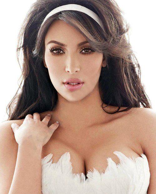 Kim Kardashian a atins culmea narcisismului. Vezi ce poza a pus pe Twitter