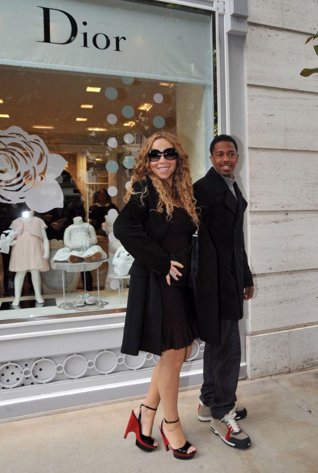 Mariah Carey, diva absoluta la Paris: isi imbraca gemenii de la Baby Dior
